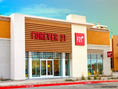 Forever21 Red Storefront Design